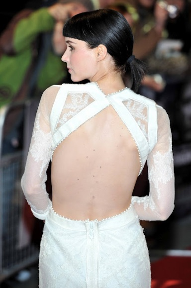 rooney-mara-girl-dragon-tattoo-20111212-144059-643
